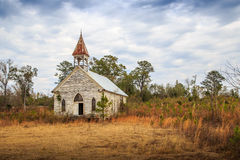 Iglesia presbiteriana abandonada en la correa negra de Alabama Imagenes de archivo