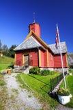 Iglesia roja en Noruega fotografía de archivo