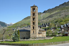 Iglesia Románica catalana del vall de Boi Imágenes de archivo libres de regalías
