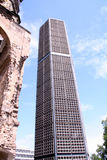 Iglesia rota Gedachtniskirche de Berlín Foto de archivo libre de regalías