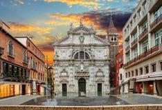 Iglesia San Moise en Venecia, Italia imagenes de archivo