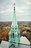Iglesia santa de la colina en caída Imagen de archivo libre de regalías