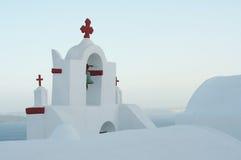 Iglesia simple, con todo perfecta en las islas griegas Fotos de archivo