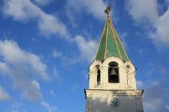 Iglesia verde del tejado Fotos de archivo