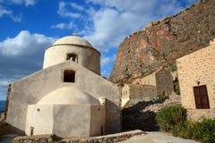 Iglesia vieja en Monemvasia, Grecia imágenes de archivo libres de regalías