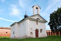Iglesia vieja en Velikiy Novgorod Imagen de archivo
