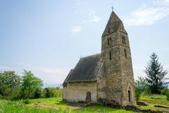 Iglesia vieja hecha de piedras Fotografía de archivo libre de regalías