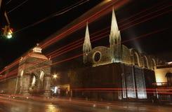 Iglesia y altar en la noche Fotos de archivo