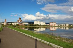 Iglesia y capilla en el parque, Zelenogorsk Imagenes de archivo