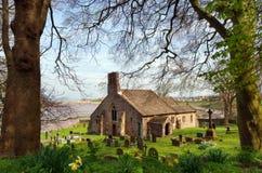 Iglesia y cementerio ingleses Foto de archivo libre de regalías