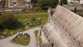 Iglesia y cementerio irlandeses, Irlanda metrajes