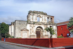 Iglesia y escuela de la sociedad de Jesús Imagenes de archivo