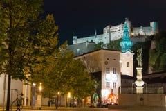 Iglesia y fortaleza de San Pedro Salzburg austria fotografía de archivo