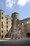 Iglesia y palacio históricos fotografía de archivo
