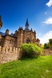 Iglesia y paredes del castillo del león de Lowenburg Imagen de archivo libre de regalías