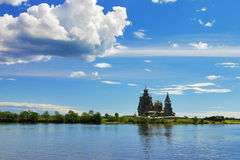 Iglesias de madera en la isla Kizhi Foto de archivo