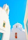 2 iglesias en Amorgos Imágenes de archivo libres de regalías