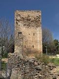 Iglesias mit Turm des Schlosses Castello Salvaterra, Sardinien stockfotos