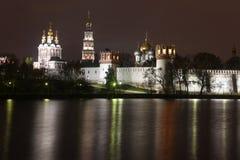 Iglesias ortodoxas rusas en Novodevichy Conven Fotos de archivo libres de regalías