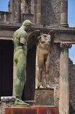 Igor Mitoraj statuy przy Pompeii archeologicznym miejscem, Włochy Fotografia Stock