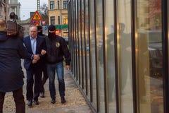 Igors Volkinsteins deteve pelo departamento KNAB da prevenção da corrupção fotos de stock royalty free