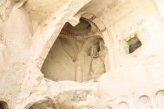 Igreja antiga arruinada da caverna em Cappadocia, Turquia Fotografia de Stock Royalty Free