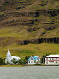 Igreja azul, Seydisfjordur, Islândia Fotos de Stock Royalty Free