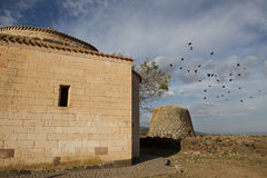Igreja bizantina e Nuraghe Santa Sabina, Sardinia, Italia Fotos de Stock