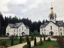Igreja branca fotografia de stock royalty free