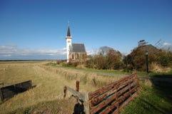 Igreja branca de Litte em Países Baixos de Texel Imagens de Stock