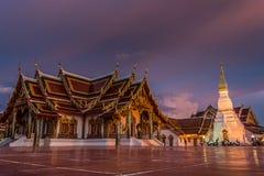 Igreja budista, castelo imagem de stock