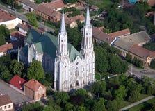 Igreja católica em Romania imagens de stock