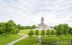 A igreja da ascensão no solar dubrovitsy Foto de Stock