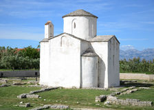 Igreja da cruz santamente, Nin, Croácia Fotos de Stock