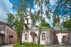 Igreja da intercessão na vila de Pokrovskoe Streshnevo mos Imagem de Stock Royalty Free