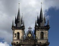 Igreja da mãe do deus antes de Tyn, praça da cidade velha, Praga, República Checa imagem de stock