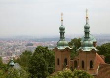 Igreja da São Nicolau em Praga Fotografia de Stock Royalty Free