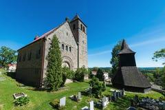A igreja da suposição da Virgem Maria, Vysker Foto de Stock