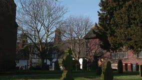 Igreja da vila em Inglaterra vídeos de arquivo