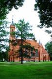 Igreja da Virgem Maria abençoada na cidade de Druskininkai imagem de stock royalty free
