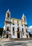 A igreja Igreja de Carmo faz Carmo em Faro, Portugal - vista angular fotografia de stock royalty free