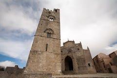 Igreja de Chiesa Madre da cidade de Erice, Sicília, Italy fotografia de stock royalty free
