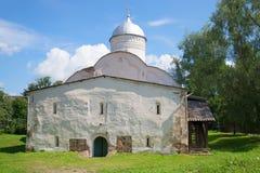 Igreja de clemente, papa de Roma em Ivorove a rua um o dia ensolarado em julho Veliky Novgorod Imagem de Stock Royalty Free