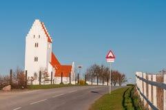 Igreja de Kastrup em Dinamarca fotografia de stock royalty free