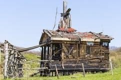 Igreja de madeira abandonada Imagens de Stock