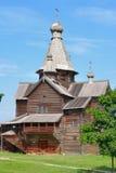 Igreja de madeira antiga. fotografia de stock royalty free