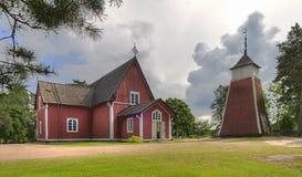 Igreja de madeira do arquipélago imagens de stock
