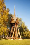 Igreja de madeira em Kvikkokk, Suécia do norte imagem de stock royalty free