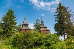 Igreja de madeira em Ucrânia foto de stock