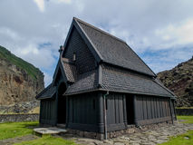Igreja de madeira preta Islândia Foto de Stock Royalty Free